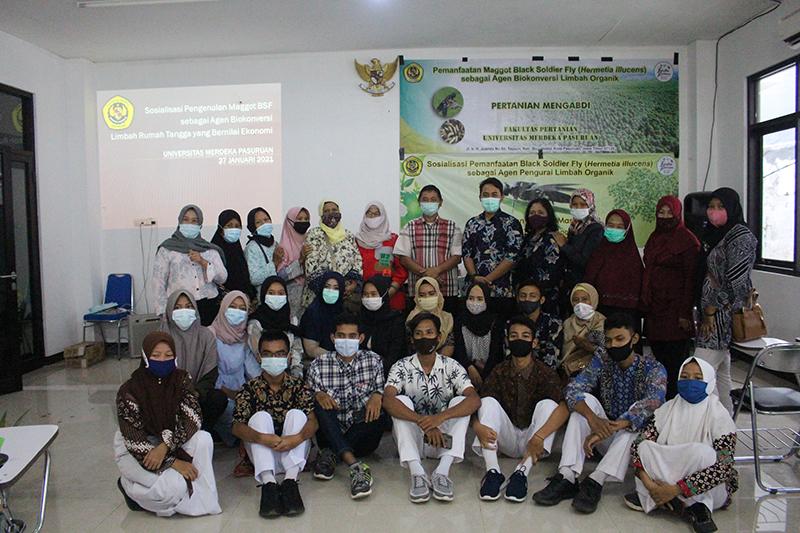 Pelatihan Insectarium, Herbarium dan Pembuatan Sabun Cuci Piring Produksi Fakultas Pertanian